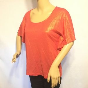 5/$20 Chico's Size 0 (S) Shimmery Metallic T-Shirt